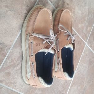 Sperry Boys size 7 shoes excellent condition